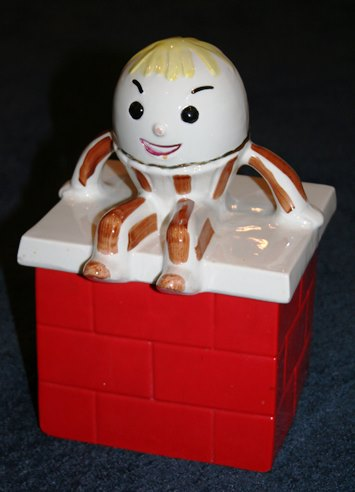 Humpty Dumpty cookie jar