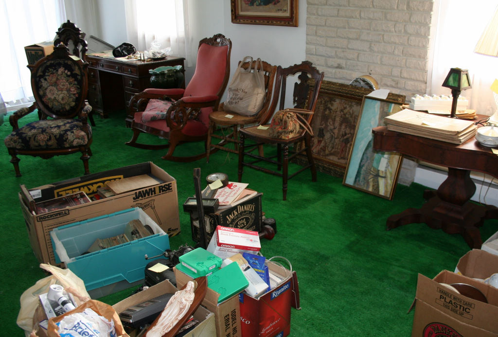 Antiques Downsizing