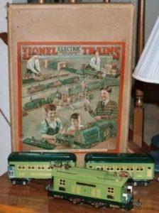 Lionel train set with box