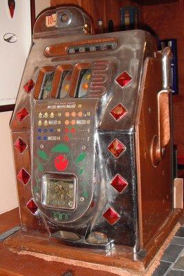 Vintage Mills Slot Machine