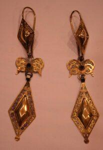 Solid Gold Jewelry Earrings